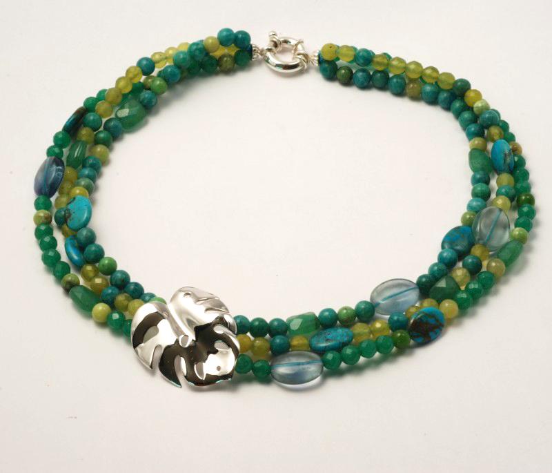 collier Tropiques : mélange de pierres naturelles (turquoise, amazonite russe, fluorite, aventurine, onyx vert, jade coséum)