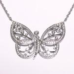 Pendentif papillon or blanc et diamants