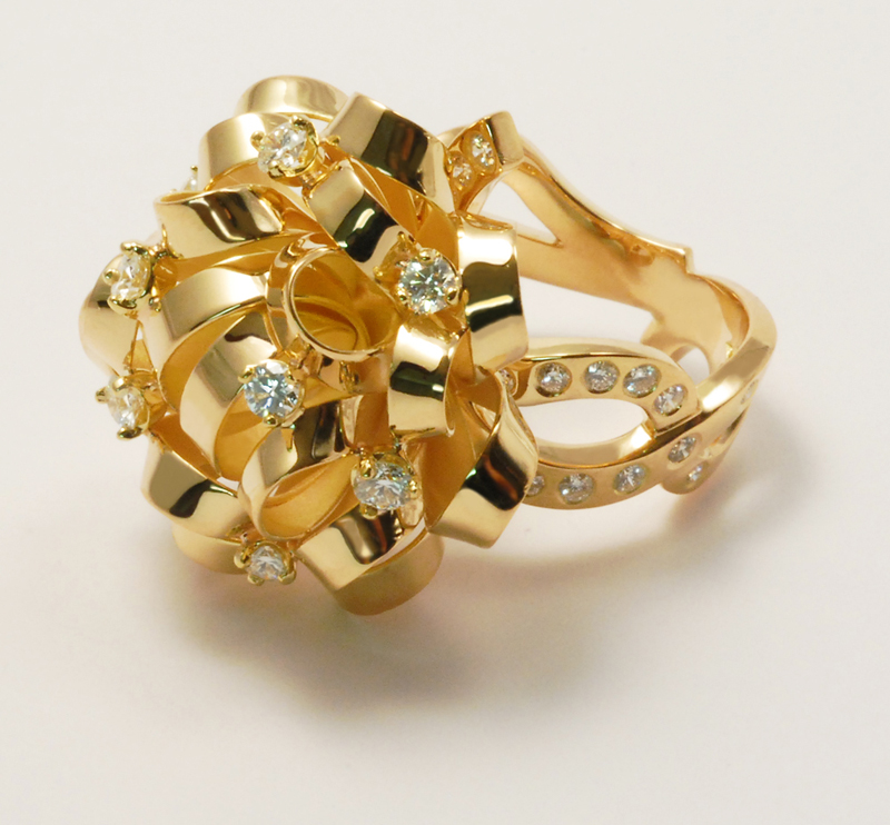 Bague or rose et diamant grand modèle vue 1