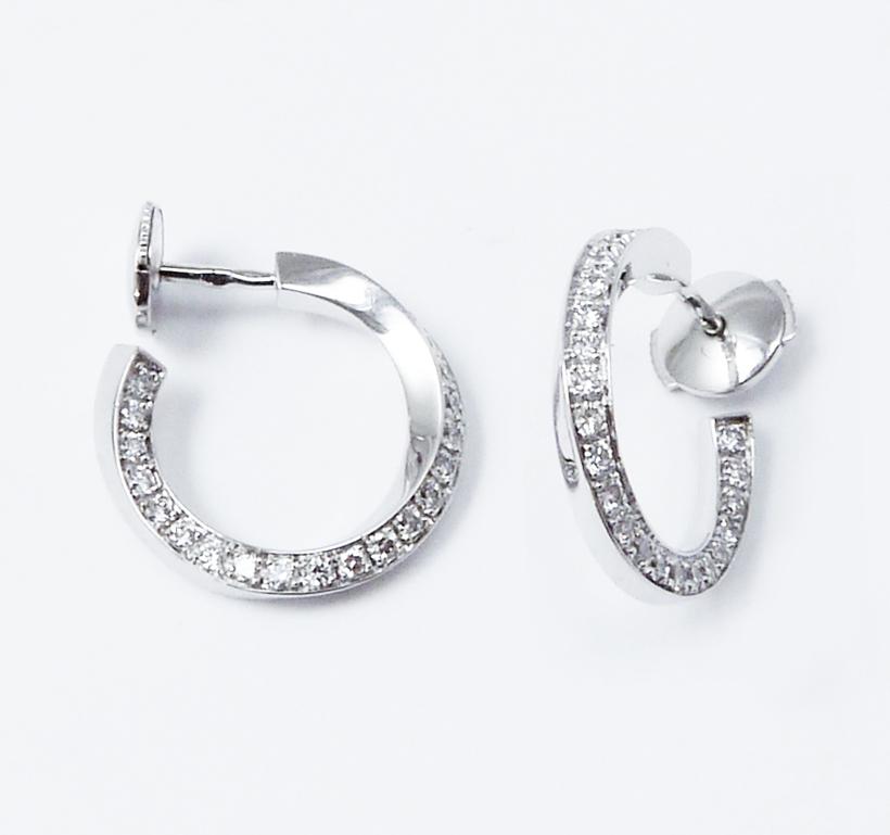 Anneaux or blanc sertis diamants